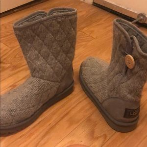 Ugh W Mountain Quilter Short Boots